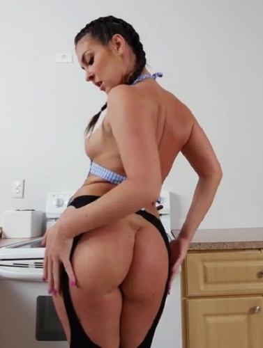 Brittany Shae - Takes An Anal Pounding